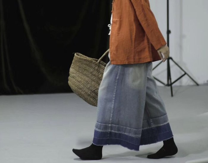 (老銀屋)春裝設計款鬆緊繫繩刷白作舊褲口雙色漸層毛邊褲腿褲