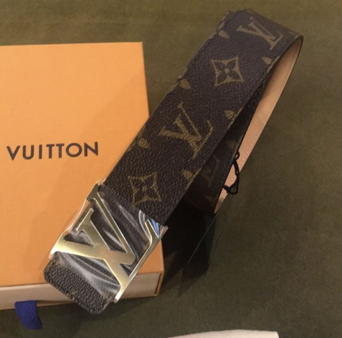 LOUIS VUITTON lv皮帶