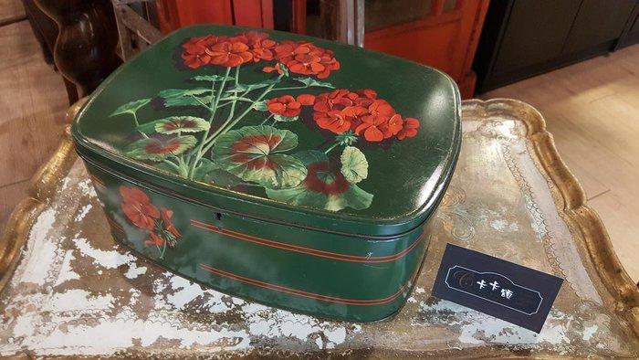 【卡卡頌 歐洲跳蚤市場/歐洲古董】歐洲老件_繡球花 典雅 老鐵盒 小物收納盒 餅乾盒 m0446✬