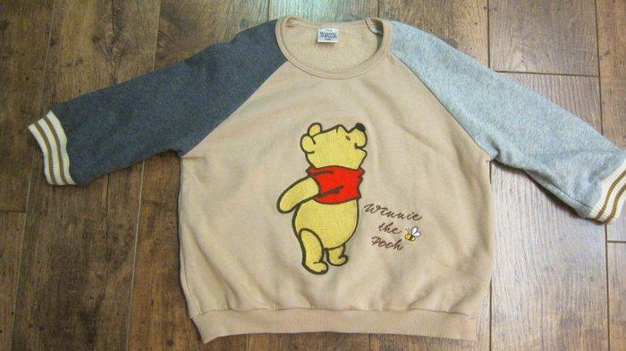 二手轉售-日本Disney迪士尼童裝刺繡小熊維尼Winnie the Pooh咖啡色內鋪棉純棉運動風兒童長袖上衣/T恤