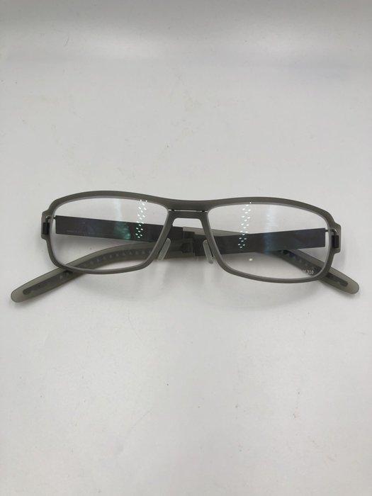 頂傑 Markus T 輕量化樸素眼鏡 - E8 0296
