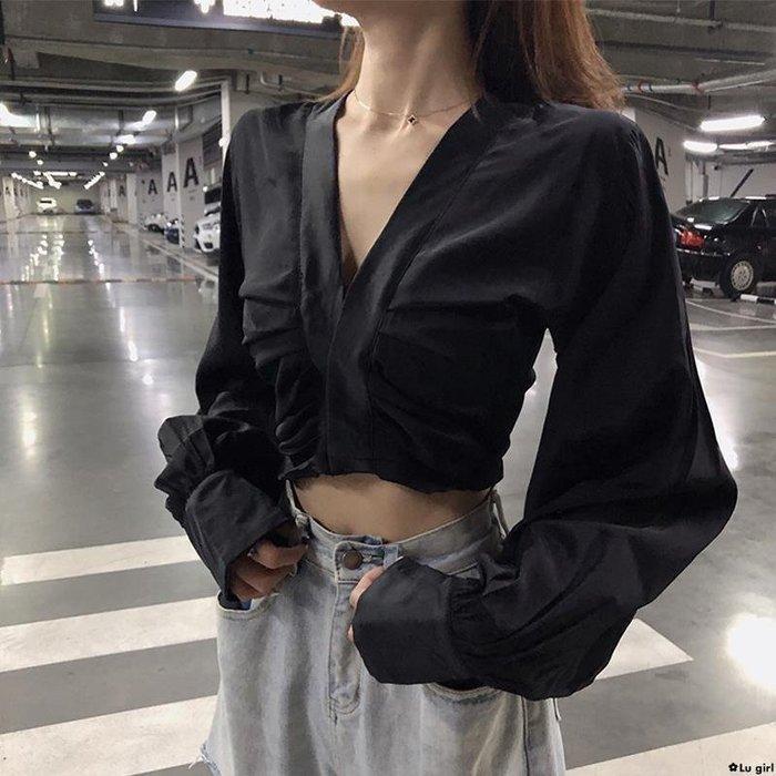 ✿Lu girl V領長袖女士襯衫設計感小眾長袖襯衣秋季潮新款寬松短款上衣潮JU19