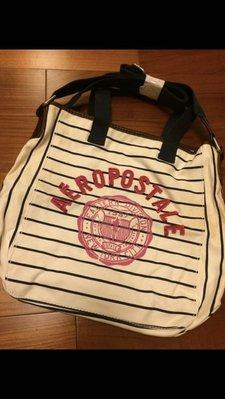美國知名品 牌AEROPOSTALE 條紋帆布包 可手提 斜背