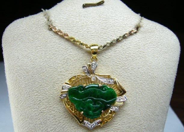 [吉宏精品交流中心]A貨 綠色 天然翡翠 天然鑽石 黃K金 造型 墬子(附證書)