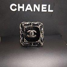 正品Chanel 黑毛呢瘋造型戒指