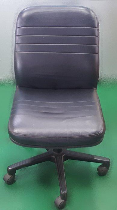 宏品二手家具 辦公傢俱賣場 F33005*黑皮辦公椅*  中古辦公桌/椅 OA洽談桌椅 書桌椅 中古大學椅 補習班桌椅