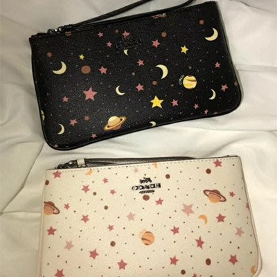 琳精品@COACH 30058 全新款黑白星球手拿包 手腕零錢包 時尚手機包