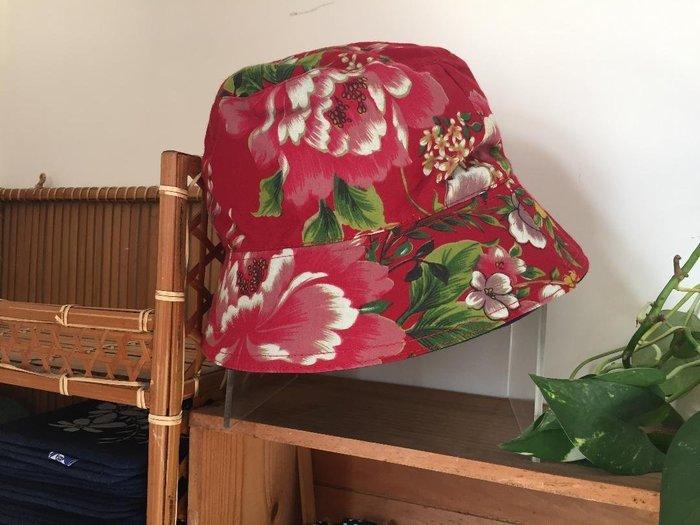 !(((臺灣藍Anewei))客家藍染手工+紅花布雙面漁夫帽~F~雙面可戴