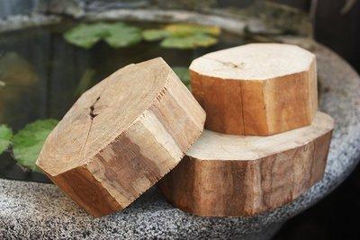 檀木【和義沉香】《編號CR01》澳洲黃金檀木 原木檀木 氣味清香可作傢俱 雕塑雕刻上選 1斤/$350