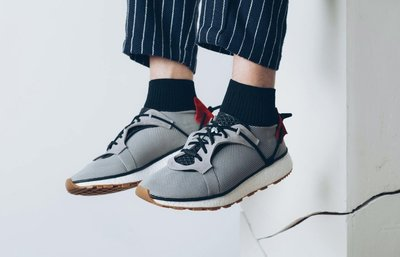 9.5全新正品 adidas Originals by ALEXANDER WANG SS17 AW RUN LIGHT