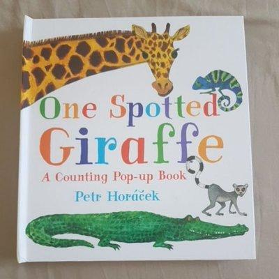 One Spotted Giraffe*Peter Horacek*動物數字精裝繪本立體書