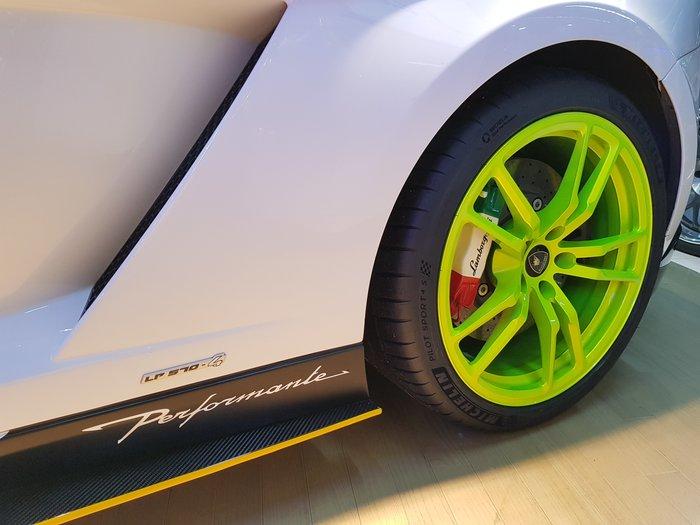 全新正品  PZERO CORSA 熱熔胎 305/30/20  倍耐力 GT3 剛下貨櫃 LP610 保證很黏很黏