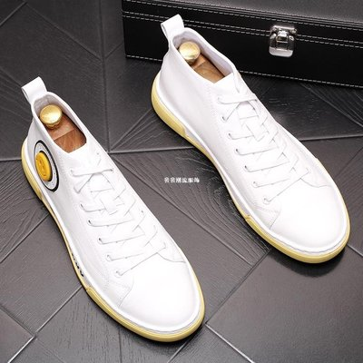發發潮流服飾高幫男鞋白色板鞋男士休閒皮鞋時尚潮鞋百搭牛仔靴透氣中幫男靴子