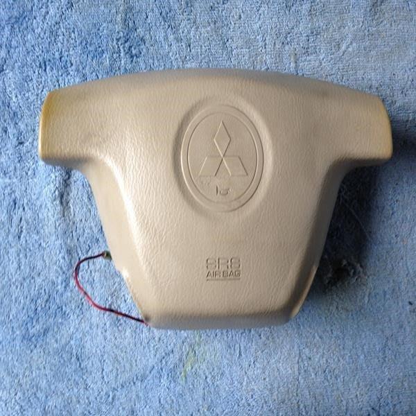 MITSUBISHI駕駛座安全氣囊 $1500 氣11