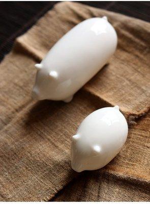【自在坊】【特價分享】白瓷小豬 趣味擺件 櫥窗展示 手工創意 【全館滿599免運】