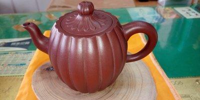 【~Y.W.Y~收藏品】~飲茶人早期收藏~紫砂(優質工藝壺)~歡迎行家鑑賞實品~Y158