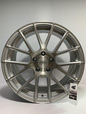 CR輪業 AG AVANT GARDE LUXURY VANQUISH 旋壓輕量化 18吋 髮絲銀 完工價:7500