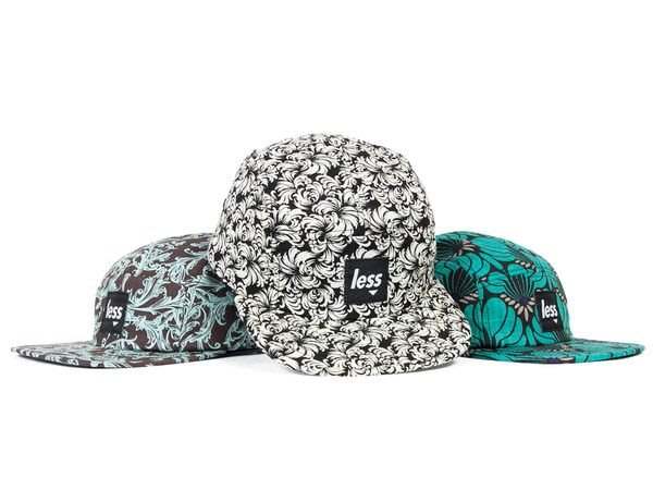 { POISON } LESS SQUARE LOGO CAMP CAP Flower Pattern 五片帽