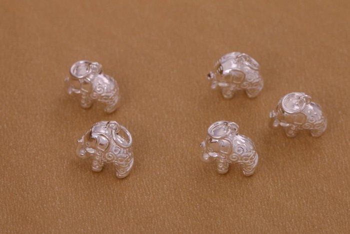 「還願佛牌」泰國 進口 925 純銀 足銀 配件 DIY 材料 立體 吉祥紋 小象 吊飾
