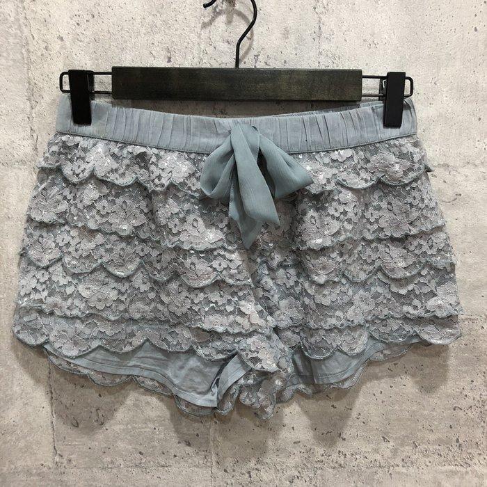 Maple麋鹿小舖 American Eagle * AE 灰色綁帶蕾絲短褲 * ( 現貨XS號 )