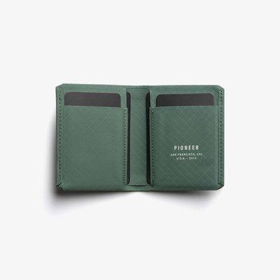 [SIMNA BIKE] PIONEER MATTER BIFOLD 防水極簡皮夾/錢包 - 長青綠|適用戶外、運動
