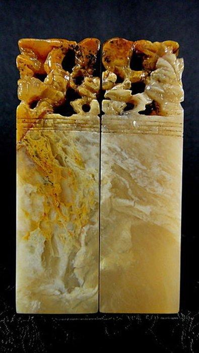 [福田工藝壽山石]優質昌凍石對章/材質溫潤質地通灵二支共淨重110g[206]