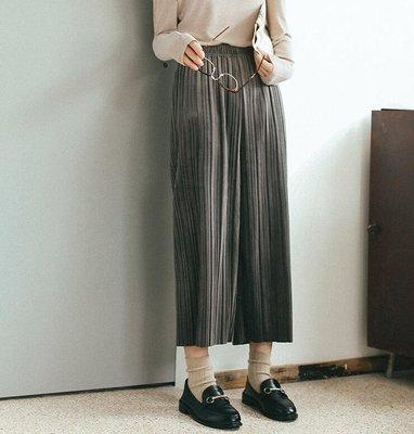 SeyeS 時尚復古壓摺面料八分寬褲