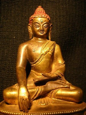 【準提坊】本師釋迦牟尼佛  銅鎏金 原裝臟 明清老件,重量2kg.紮實