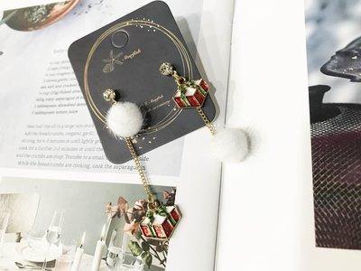 【海星 Starfish】聖誕禮物冬季雪白毛球耳環