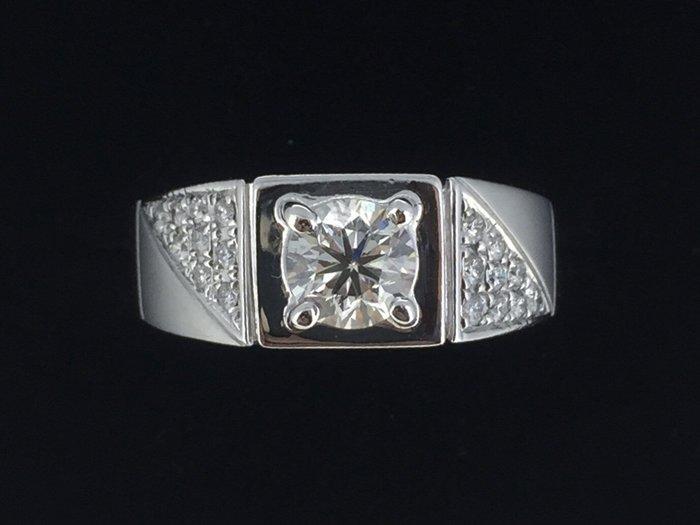 賀成交  天然美鑽石  造型鑲鑽男戒