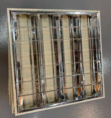 【宏品二手家具行】 台中便宜家2手家具賣場 X51533*辦公室輕鋼架燈無燈管 燈具 電燈 *中古電器冰箱 冷氣