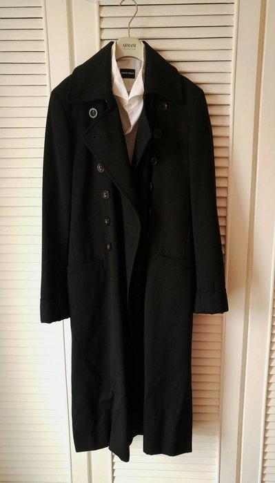 香奈兒首席設計師拉格斐《Karl Lagerfeld》深藍偏黑雙排牛角扣軍裝風大衣(原價$86850)