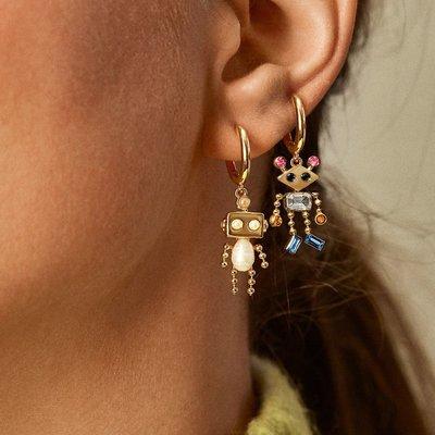 小米粒飾品~2121新款bauble同款趣味人偶耳環 創意搞怪鑲鉆鑲珍珠機器人耳墜