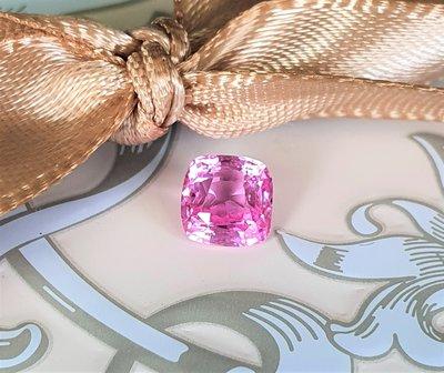揚邵一品(附國際證)1.09克拉粉紅色藍寶石 天然無燒  顏色嬌俏粉嫩 閃亮  粉紅色剛玉 Padparadscha