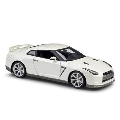 阿米格Amigo│日產 2009 Nissan GT-R R35跑車 1:18 4開門 比美高 合金車 模型車12079