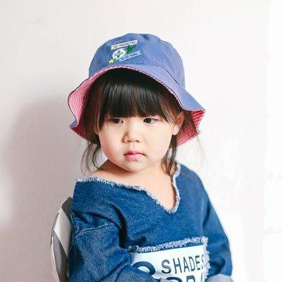 清新藍紅條紋徽章繡花兒童太陽帽遮陽帽純棉兒童春夏漁夫帽