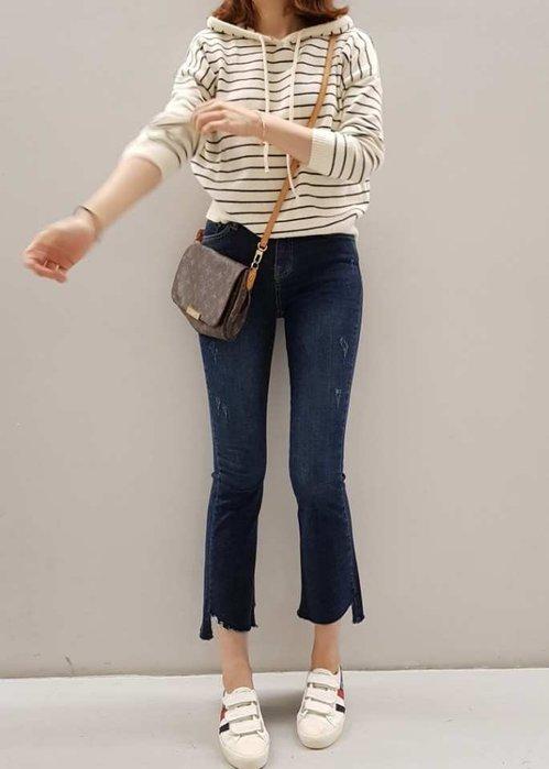 韓國 秋季新品 鬆緊腰圍 舒服好穿 實搭 必備款 中藍色 彈性單寧 牛仔褲 俐落感 九分褲 單一色 1280 預購