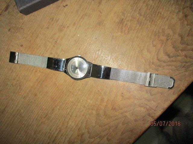 陸軍手錶....3星...有盒
