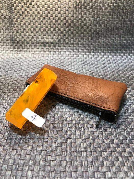 (1.5公分方章)、含刻贈送拉鍊袋、5分、仿琥珀香料壓克力印章【客製化印鑑章】特價每顆:199元、編號04、優惠100組