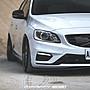 2011-2017 volvo S60 V60 碳纖維 前下巴 (非POLESTAR)