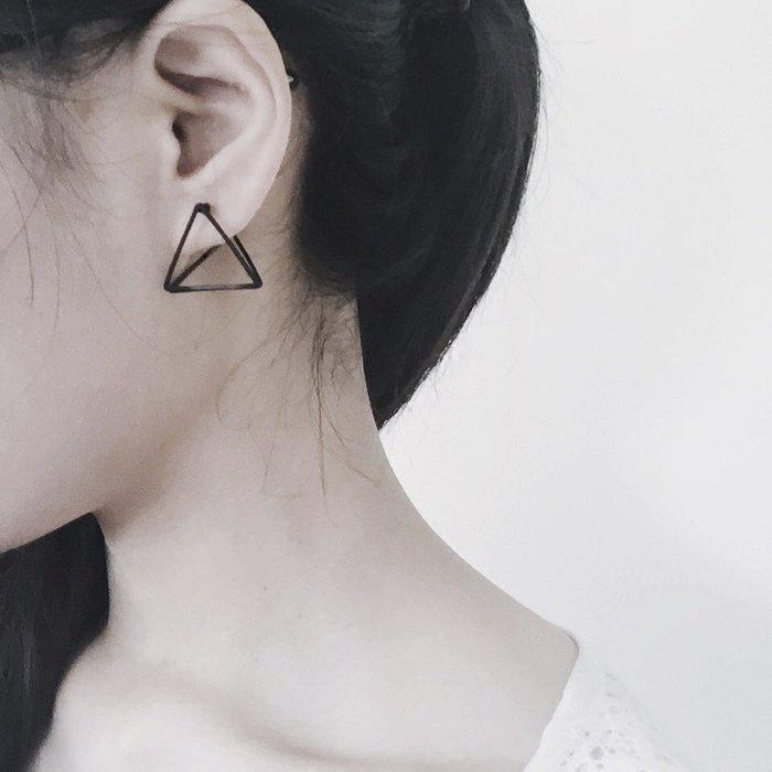 手工製 幾何立體三角形耳釘【ZOWOO-0194】 耳環耳針極簡龐克文青個性 FUN非Soohyang星巴克狗杯
