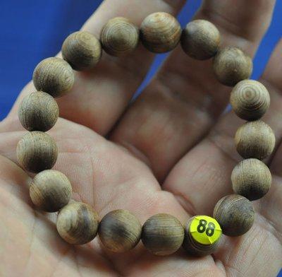 宋家苦茶油kanyuhuntoALL.88廣義紅土奇楠17顆手珠12mm.超級無敵巨星..不香不要錢.沉水