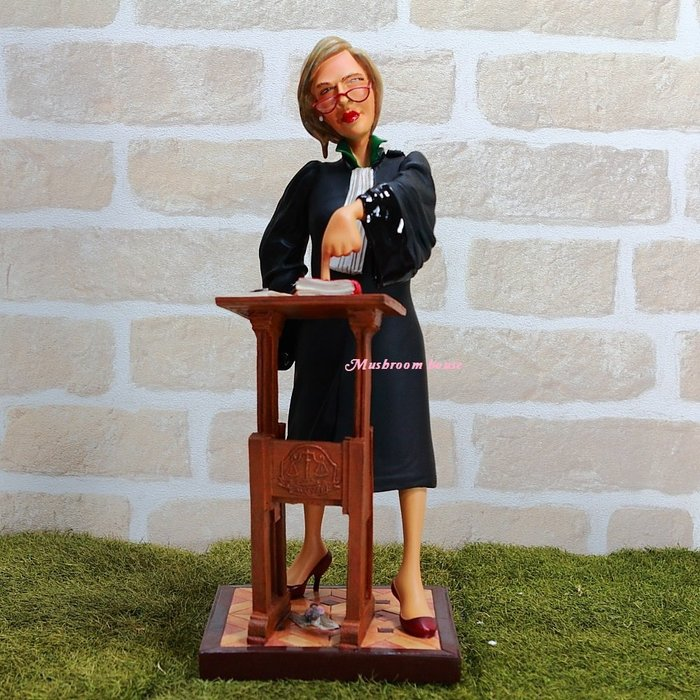 點點蘑菇屋 歐洲進口 精緻法國社會寫實派設計師FORCHINO系列擺飾-職業系列之女律師