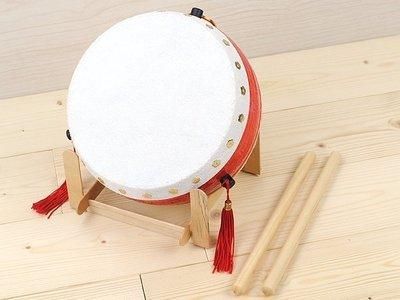 【寶寶打鼓 】台灣製.6吋半 牛皮鼓【 附鼓棒2支】高品質.質感極優《打擊樂器牛皮鼓》(附鼓架)