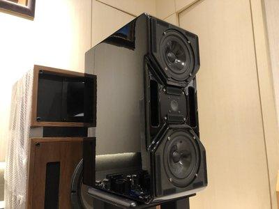 Wilson Audio CUB小老虎無傷鋼琴烤漆面板環保材質更新含原廠網罩夢想Wilson的Hiend音質場面效果,沒有上億的豪宅空間,物超所值超級書架小喇叭