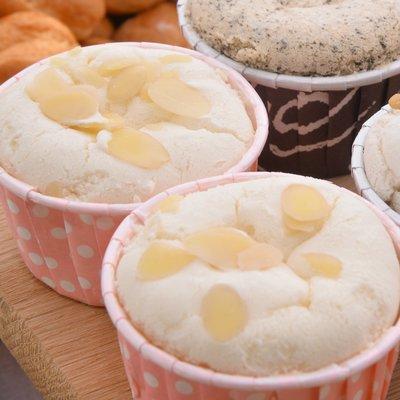 豆漿杯子蛋糕/原味8入裝/全素/非基改黃豆製/Q彈口感絕沒吃過/【Sara-Cake烘焙坊】