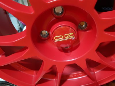 正OZ 鍛造鋁圈 4孔100 輕量化鋁圈 OZ鋁圈 15吋鋁圈 OZ 全新鍛造只有一組未拆封