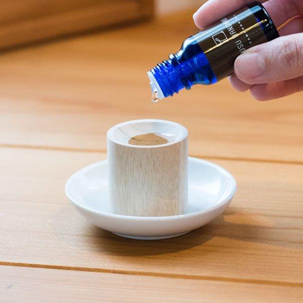 [霜兔小舖]日本代購 日本製 KUSU HANDMADE 楠樟木香薰座  搭配精油使用   精油