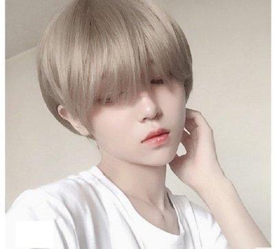 【幸運星】現貨供應 男生假髮  短髮 男女 通用 Cosplay 道具  日韓 學生 奶白色 假髮 送髮網