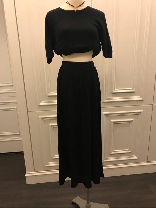 Uniqlo 黑色休閒長裙